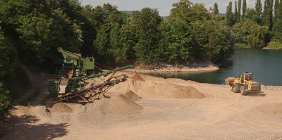 Kies und Sand Abbau umweltschonend Kiesgrube Leimig Rheinland Koblenz St Sebastian