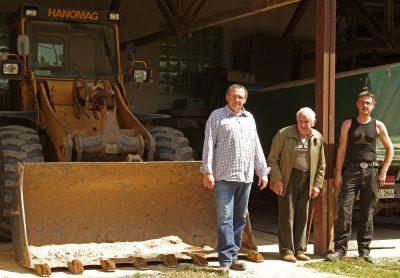 Umweltschutz: Drei Generationen der Familie Leimig tragen Sorge dafür. Auf dem Bild sind zu sehen von links Christoph Leimig, Friedrich Leimig und Neffe Jan Gundlach